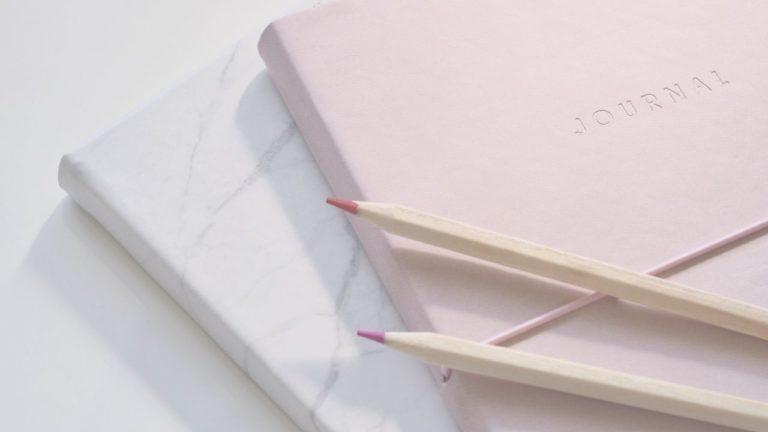 How To Turn JOURNALING TO MANIFEST Into Success for 2021